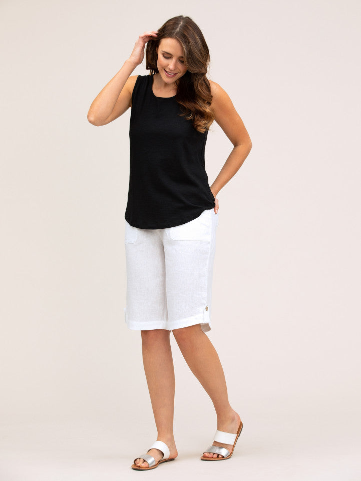 Pant - Curved Hem Short by Yarra Trail