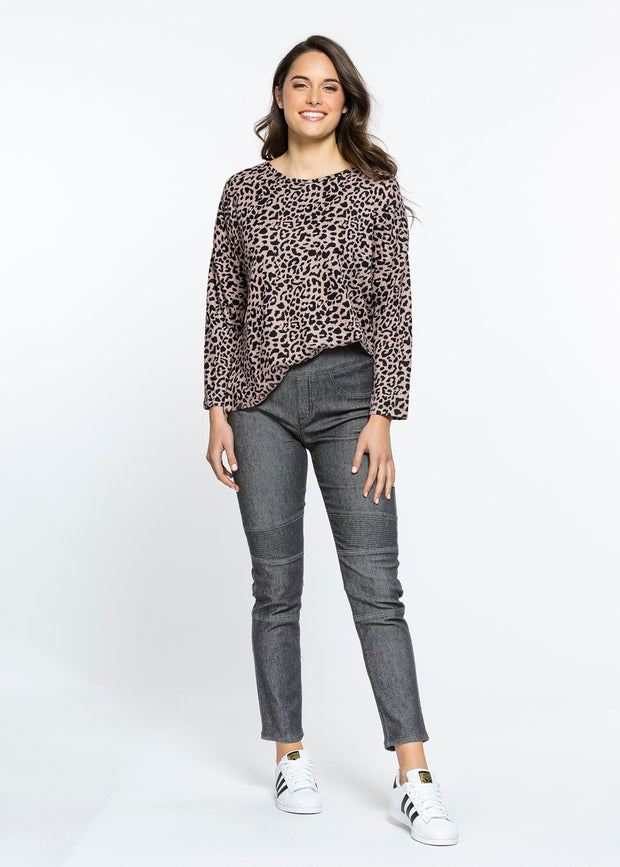 Top - Animal Print Long SLV Tee by Threadz