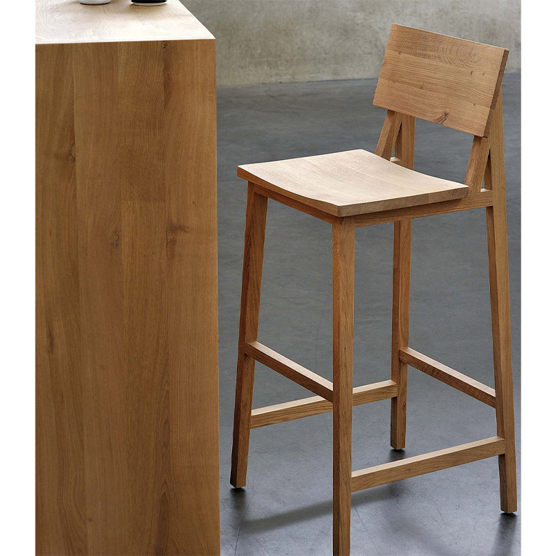 N4 Oak Bar Stool