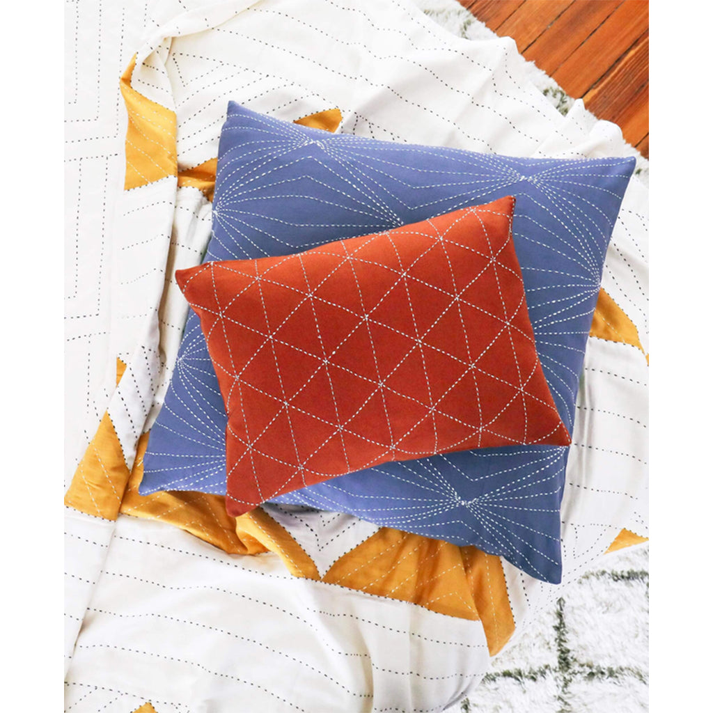 SMALL GRAPH THROW PILLOW - RUST