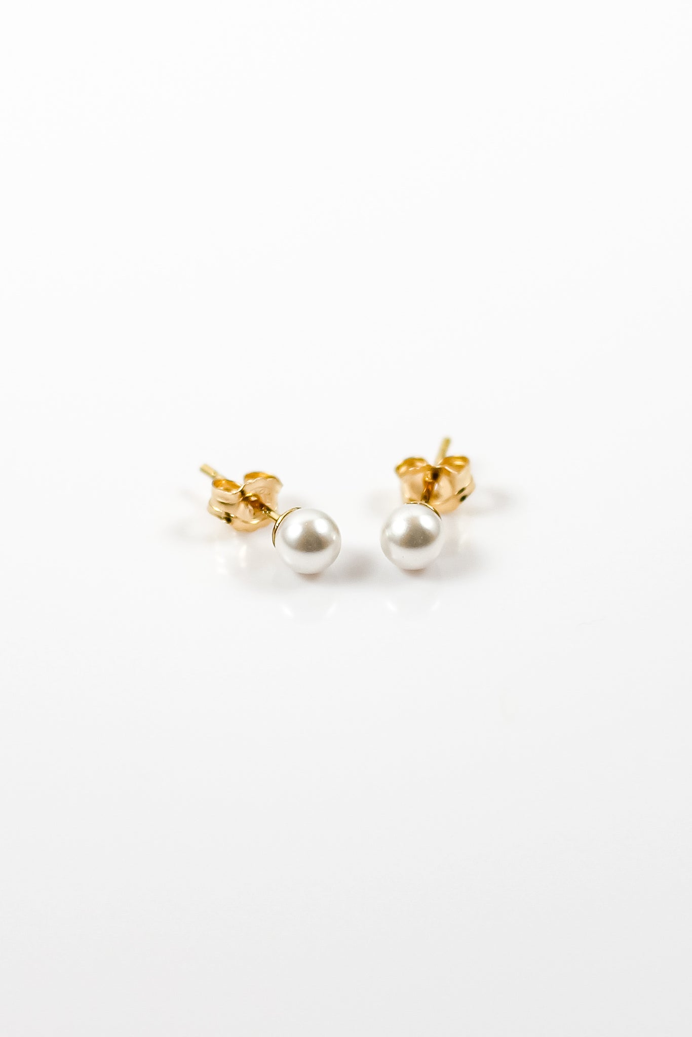 Crystal Pearl Stud Earrings