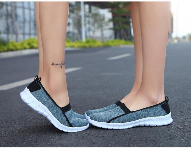 Women slip on loafers Plus size breathable mesh ballet sneakers flat shoes