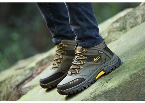 Men Winter Snow Boots Super Warm Men's Boots Waterproof Sneakers Outdoor Male Hiking Boots Work Shoes