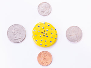 Large Button: Blue Dots on Yellow