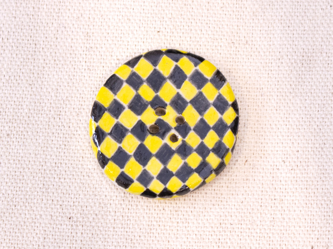 Large Button: Checkers Yellow & Black