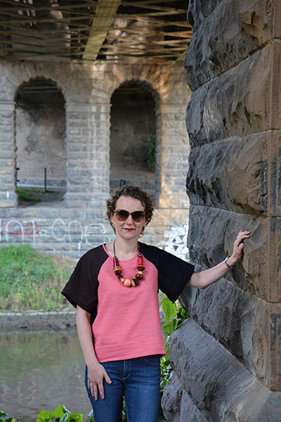 Aeolian Tee sewing pattern bloglessanna guest post colour blocking