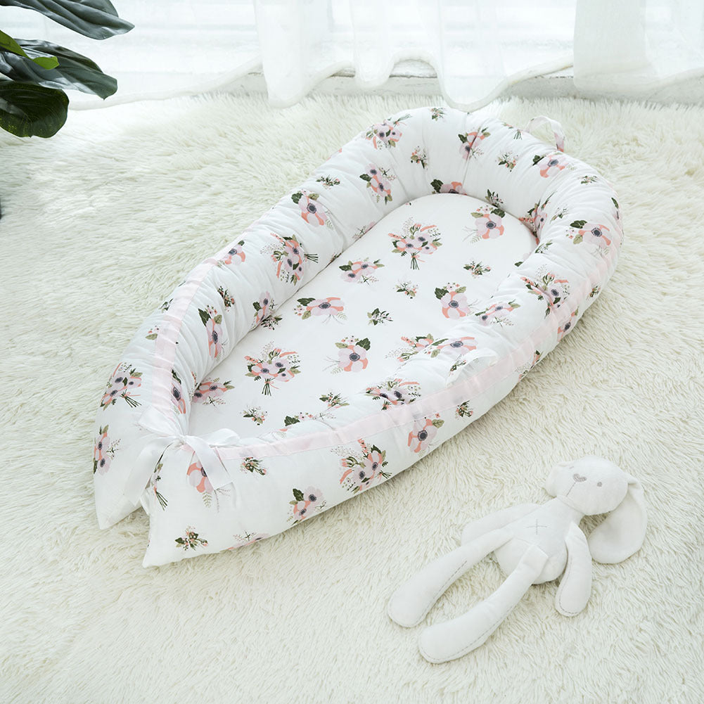portable baby crib with flower design