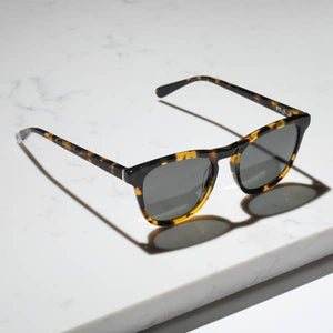 Nyota Sunglasses in Maple