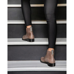 Phryné Boot (ash brown & black)