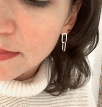 Load image into Gallery viewer, Link Earrings