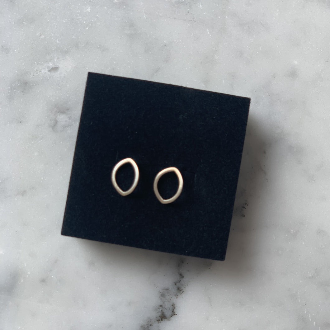 Eye Outline Earrings