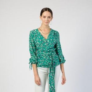 Wrap Top in Lily Print (Size L)