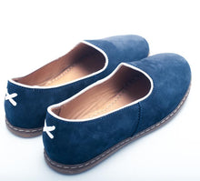Load image into Gallery viewer, Charix Flats in Navy Suede