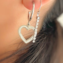Load image into Gallery viewer, Show Out Earrings