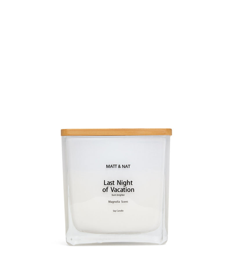 variant::white -- last night of vacation candle white