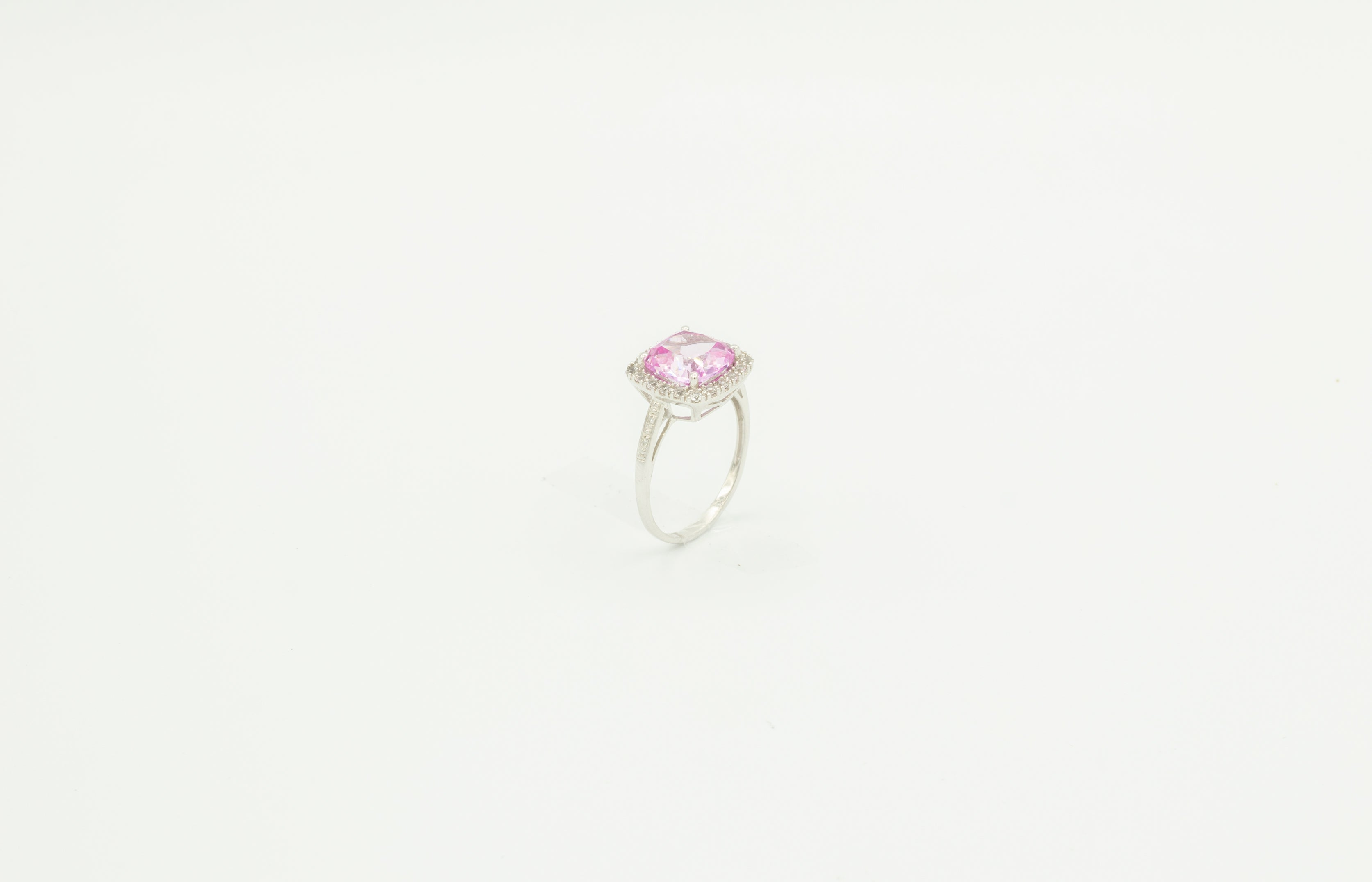 Rose Stone White Gold Ring