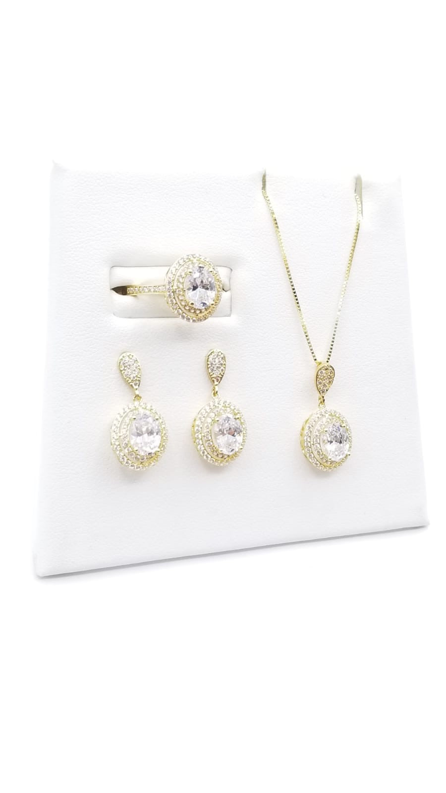 White Oval Zirconia Set