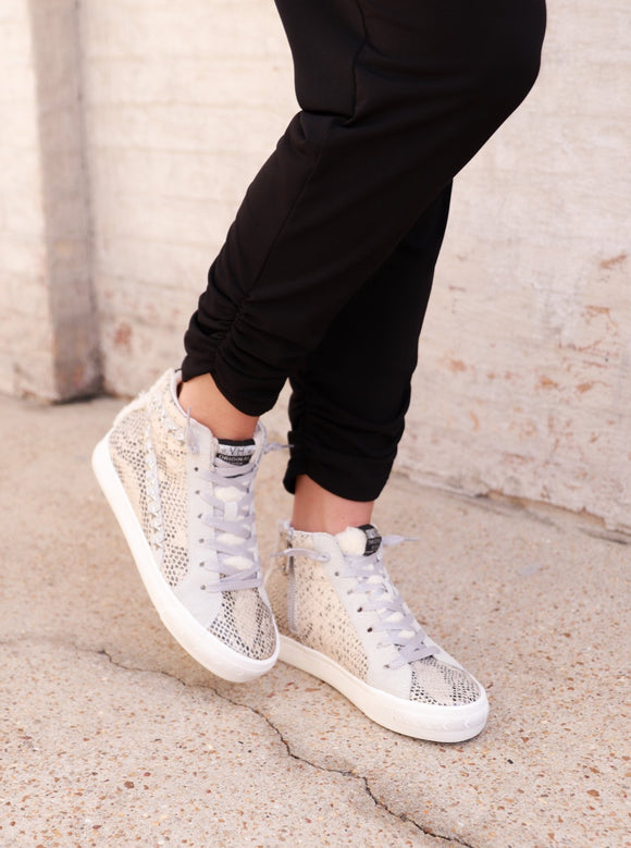 Come Slither Sneakers