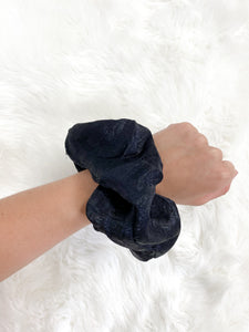 Silky Giant Scrunchie