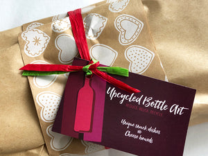 Gift wrapping + Handwritten card