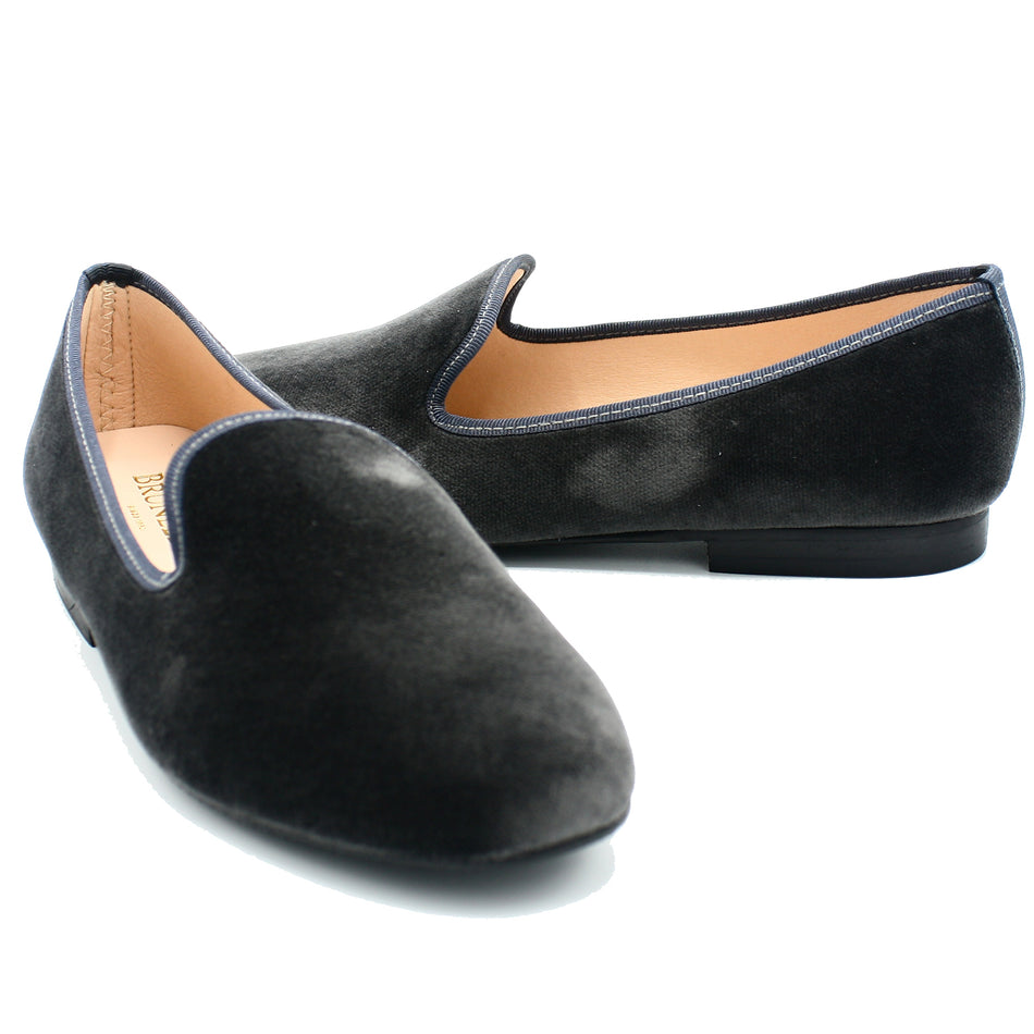 stylish grey shoes for women