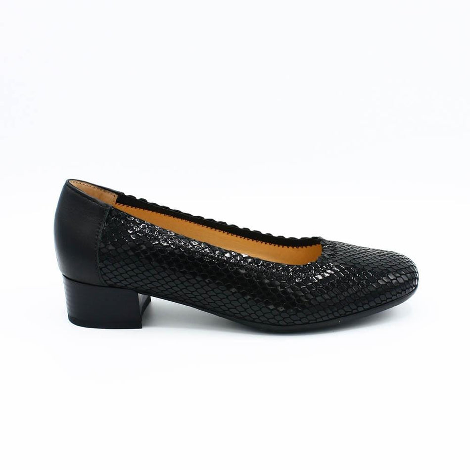 Spring Step Pumps 36 Spring Step Bettina black leather pump