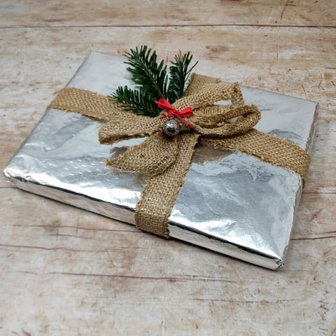 How to wrap Christmas presents in tin foil