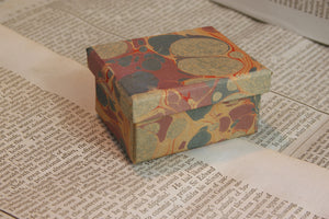 Marbled trinket boxes