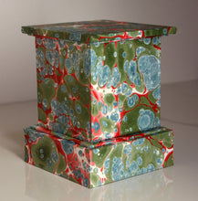 "Load image into Gallery viewer, Pedestal or Plinth - 5 1/2"" handmade, marbled"