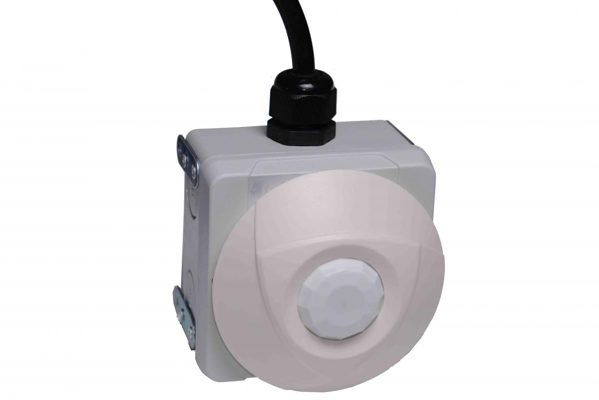 Motion sensor for Extra low voltage temporary lighting, safe, quick to install, plug in construction lighting