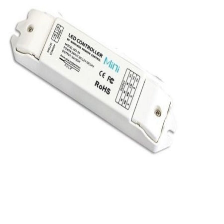 AREC001 – LED Receiver (108W-216W). IP20, output voltage 12V/24V DC, 40m distance. Azoogi