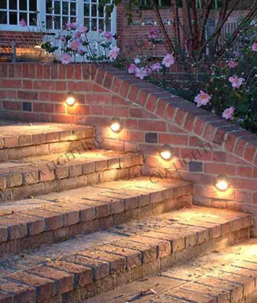 STE: Exterior LED Eyelid Step Lights