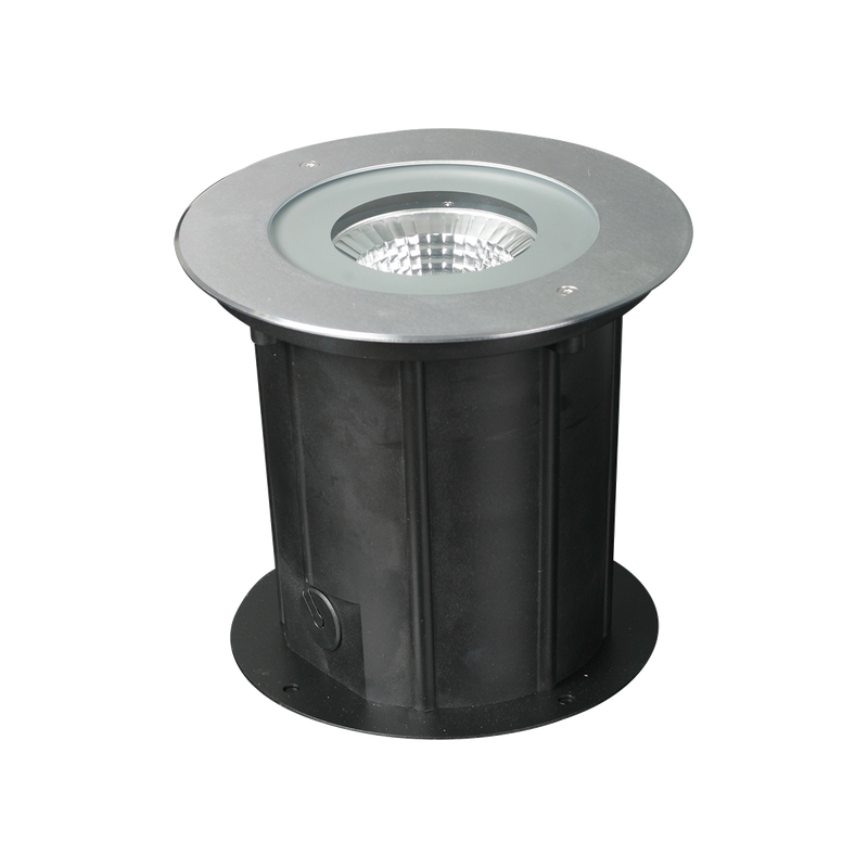 GEO S9345WW, S9345CW: 32 watt, LED inground IP67 luminaire, IK09 rated. 316L stainless steel face cover. 3000K or 4000K