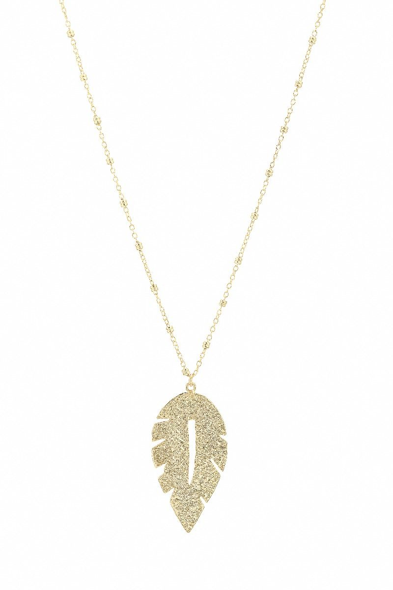 Handmade, 22 carat gold plated hammered leaf pendant, hand strung on a dainty chain. Perfect for everyday and it would make a beautiful gift.    Size and Fit:   -  24cm+5 cm extender