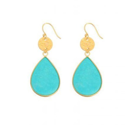 These teardrop earrings are 18 carat gold on hypoallergenic silver hooks with a beautiful green turquoise gemstone.  They are simple and elegant and you can wear them for just about any occasion.   Size:  5cm length