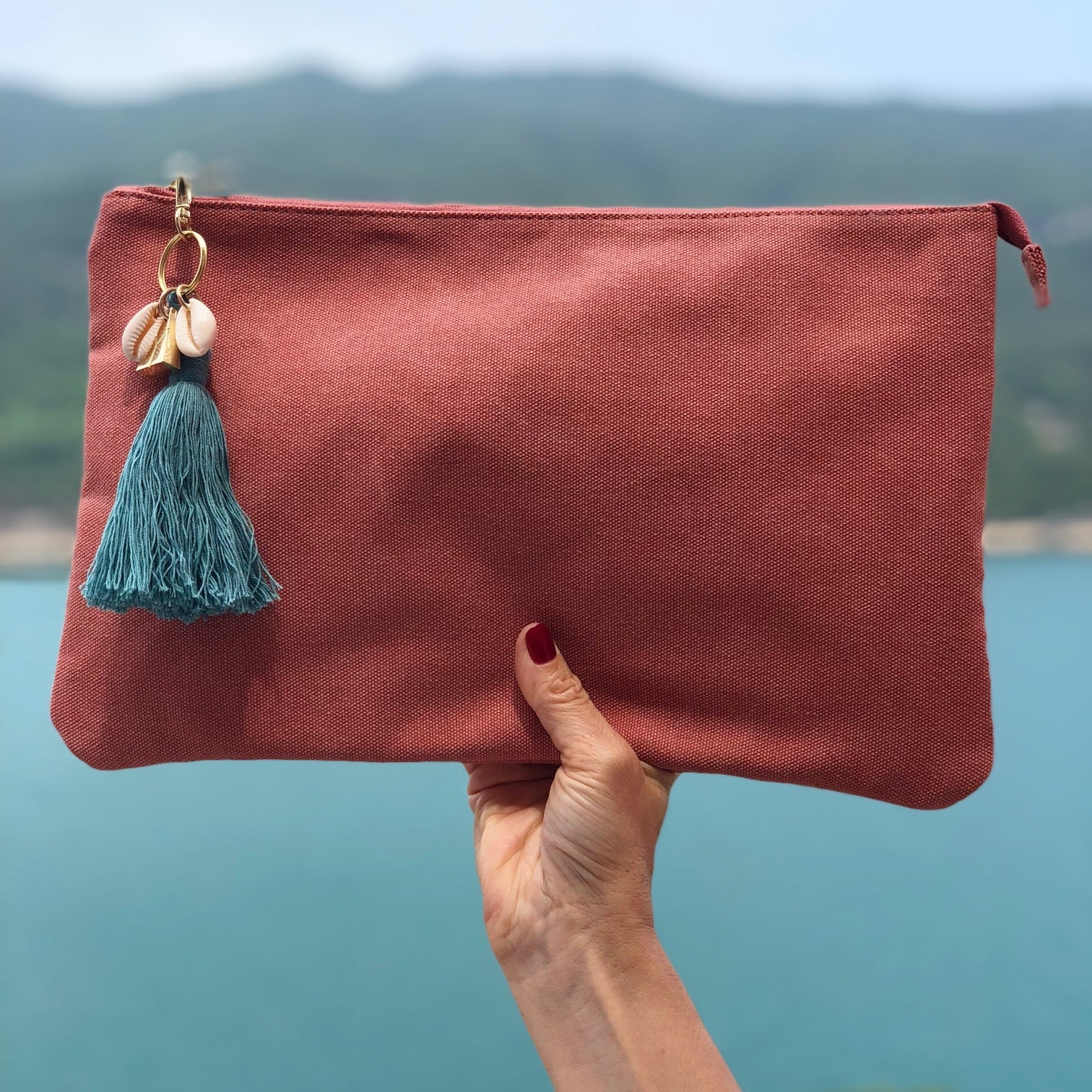 Island Vibes Tassel Clutch Bag - Coral Pink