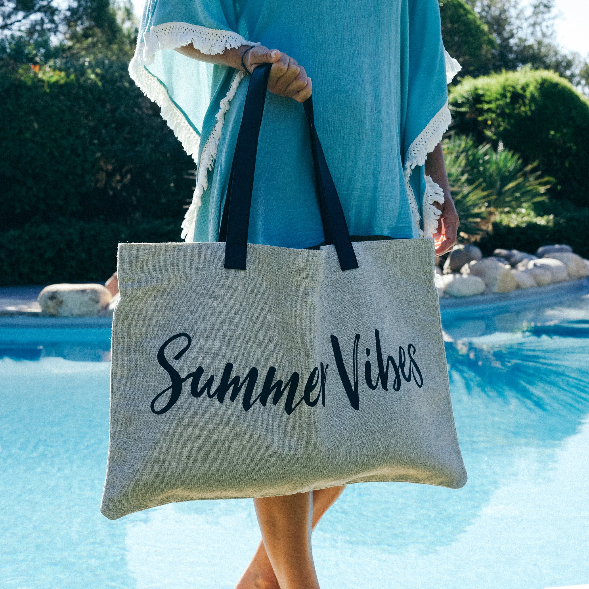 island-vibes-summer-bag