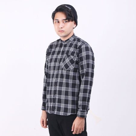 Kemeja Flannel Black Box White Default