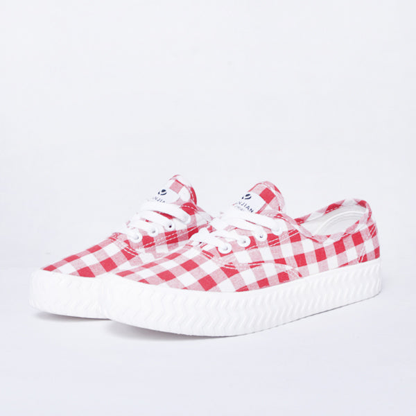 Women Sneakers Chess Red Default