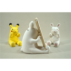 HOME DÉCOR Rabbit Cell Phone Stand