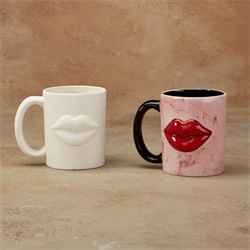 PUCKER UP MUG
