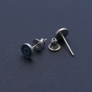 Reverse-of-earring-the-ear-back-is-made-from-sterling-silver-with-a-rubber-insert-that-grips-the-earring-post-comfortable-to-use