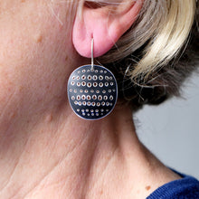 Load image into Gallery viewer, 'Cleo' earrings Roundish