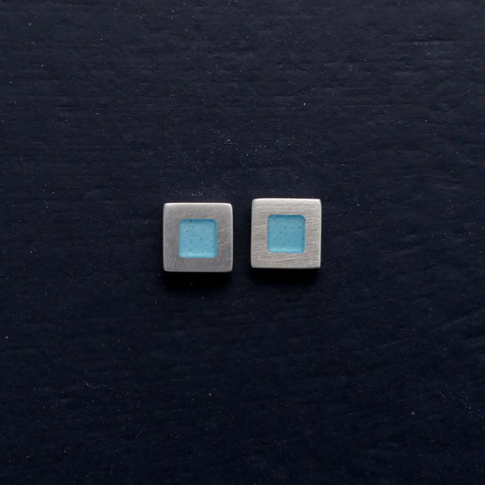 Tiny-5mm-square-sterling-silver-stud-earring-with-enamel-colour-in-centre