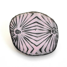 Load image into Gallery viewer, Pink Flower Brooch