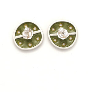 Green-honesty stud earrings