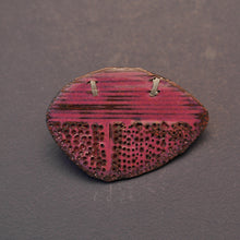 Load image into Gallery viewer, Mauve Brooch