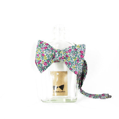 Green/Pink Floral Bow Tie by bowtie&cotton