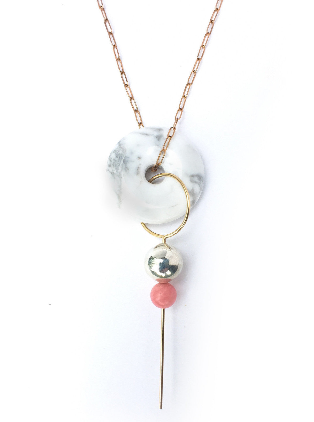 LEILA PENDANT NECKLACE / HOWLITE