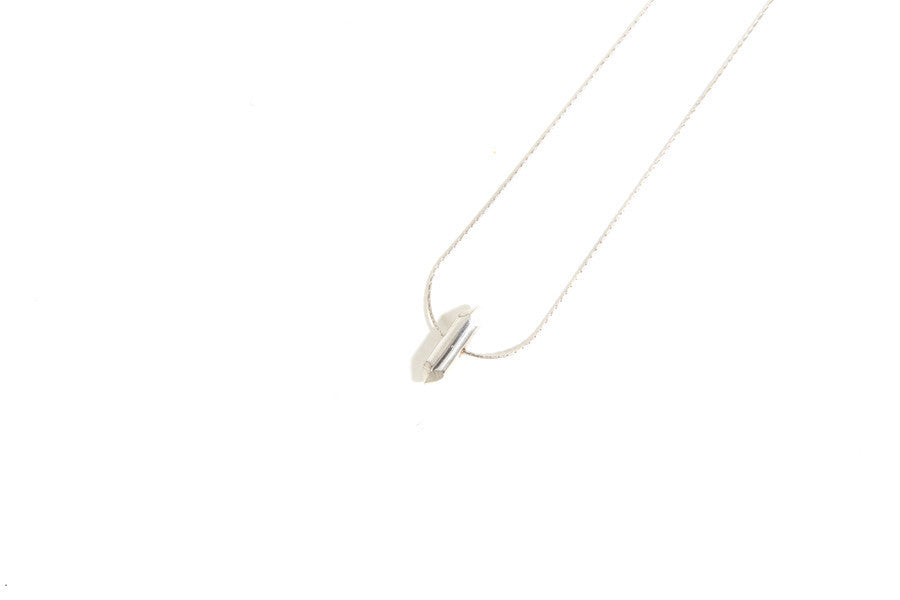 BULLETPOINT PENDANT NECKLACE